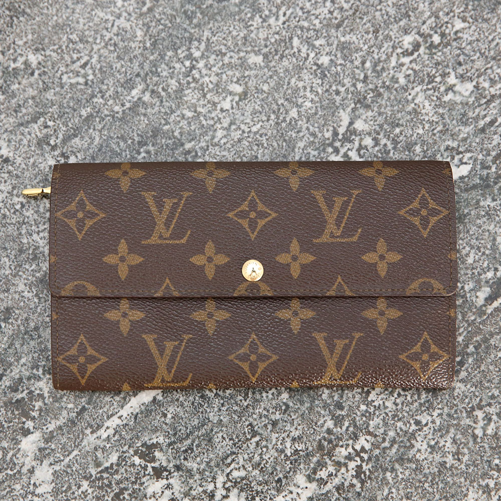 1f14af22ad273 Louis Vuitton Sarah Wallet – Keepall.se - Pre-owned Louis Vuitton ...